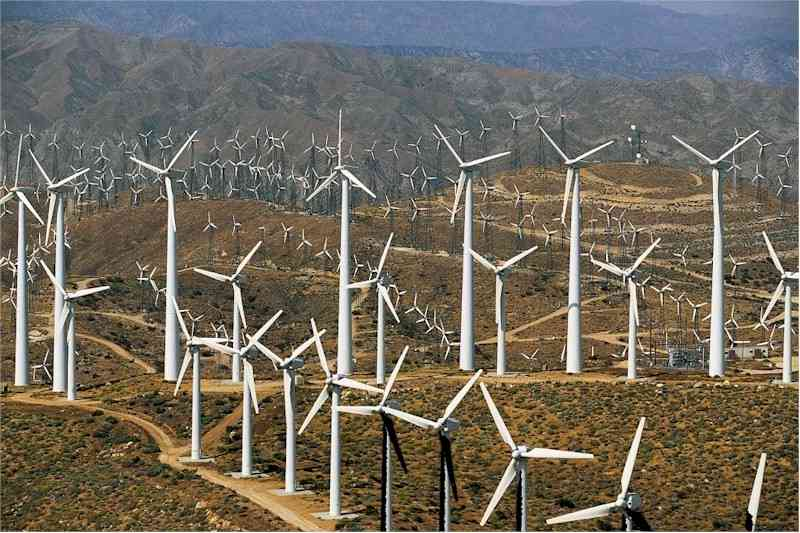http://www.flatrock.org.nz/topics/environment/assets/energy_windmills_california.jpg